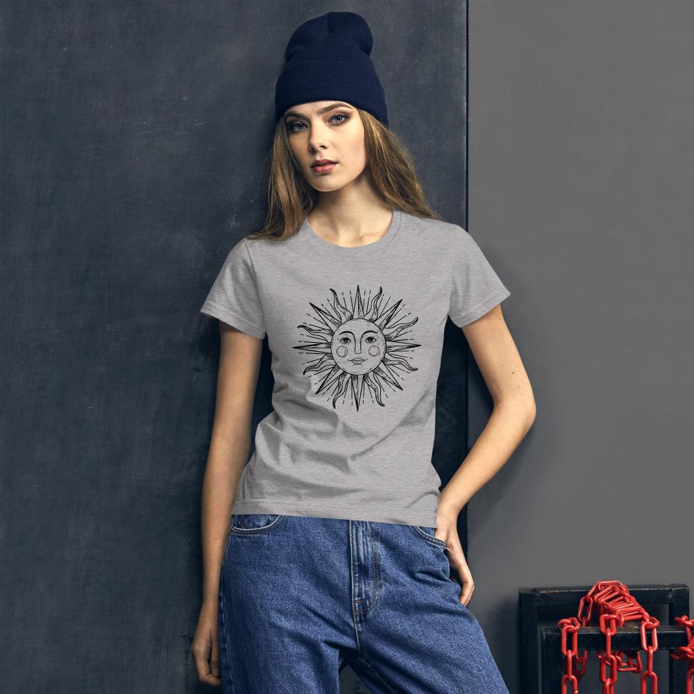 Order your short-sleeve t-shirt on jeekls.com!